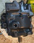 wb97r5-komatsu-hidrolik-pompa